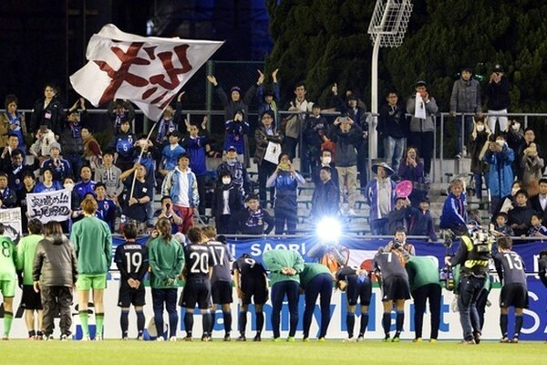 試合後、場内からは選手たちに温かい拍手が送られた