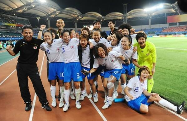 北京五輪で先進的なサッカーを披露したなでしこたち。しかし、その後は進化の流れに乗り遅れてしまった