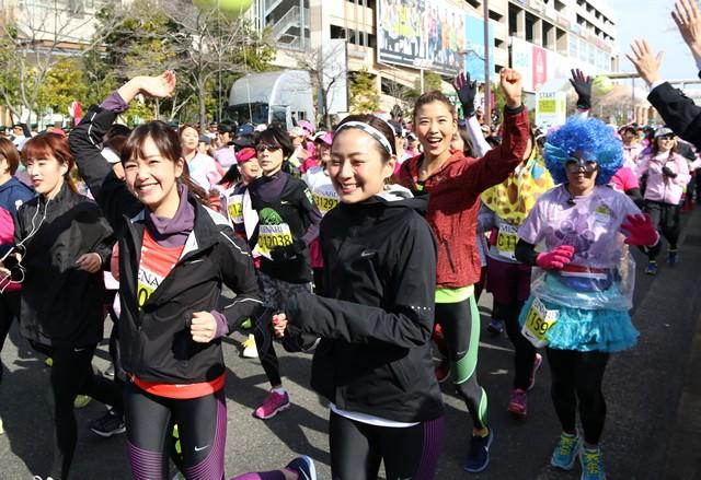 (左から)結城はゆるさん、信太美月さん、原田ゆかさん
