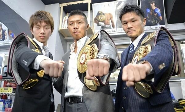 4月27日に大田区総合体育館でトリプルタイトルマッチを行う(左から)田口、内山、河野