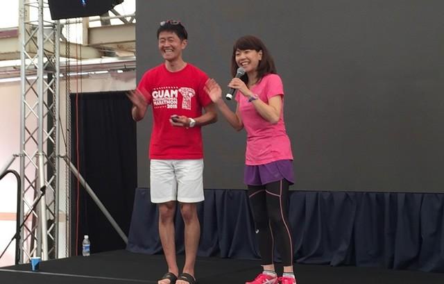 高橋尚子さんのイベントに飛び入り参加(左が筆者)