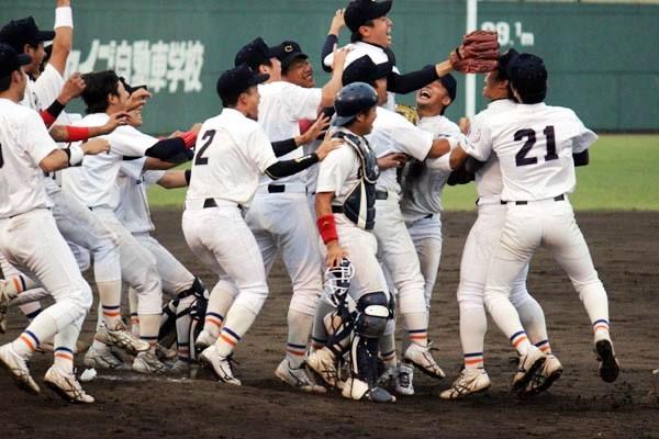 自身の決勝タイムリーもあり、中京学院大を初の全国大会出場に導いた。勝利の瞬間は「涙が出るくらいうれしかったです」と満面の笑みで答え