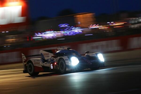 ル・マン24時間レースはナイトセッションへ入った