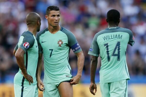 グループステージ3分けに終わったポルトガルは3位通過。出場枠拡大で救われた形となった