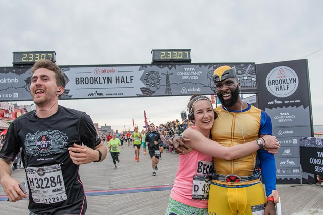 こんな感じで仮装して走るランナーもチラホラ。みんなこの大会を思い思いに楽しんでいたのが印象的だった。