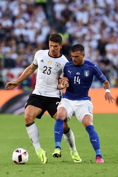 ドイツとイタリアの準々決勝は、駆け引きという点で今大会髄一
