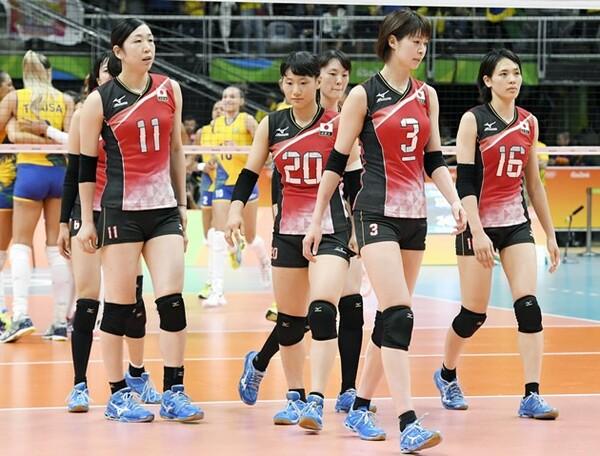 日本はブラジルにストレートで敗れ、通算成績を1勝2敗とした