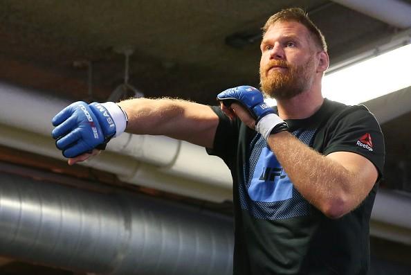 """「""""PRIDE対UFC""""と見てもらってもかまわない」と語るジョシュ"""