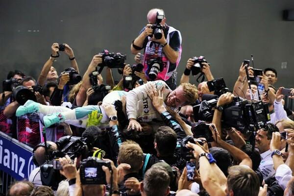 週末を通して、チームメイトのハミルトンを寄せ付けない速さを見せたロズベルグ。チャンピオン争いもトップに返り咲いた