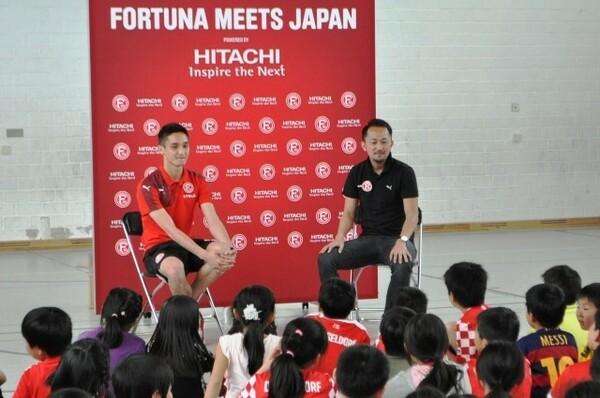 今年、2年半のプロ契約を結んだ金城ジャスティン俊樹(左)は、フォルトゥナにとっても日本にとっても重要な存在となっていくかもしれない