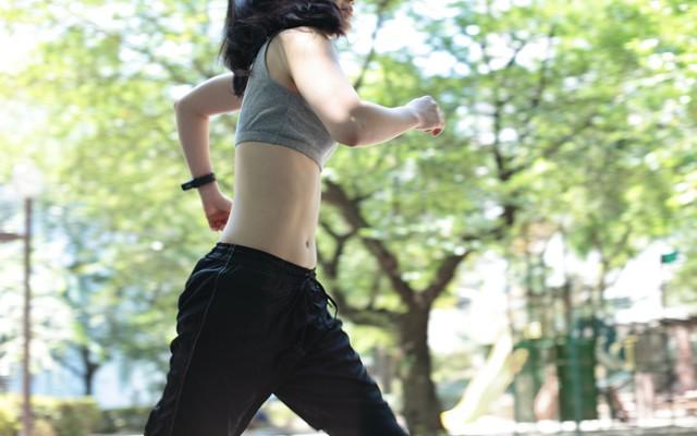 マラソンのためのコアトレーニング(13) 股関節の爆発的な力と持久力を養おう