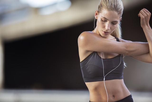 肩甲骨が動けば足を節約して走れる! 青山剛の体幹スイッチ・ランニング(3)