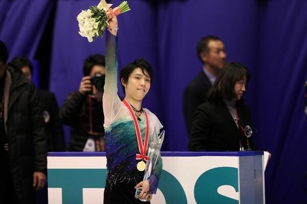 NHK杯男女シングルを終え、羽生ら日本勢が一夜明け会見で大会を振り返った
