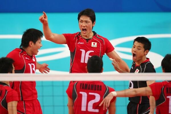 石島(16番)は2008年の北京五輪出場をキャリアのハイライトと語る。東京五輪へも強い思いを抱く