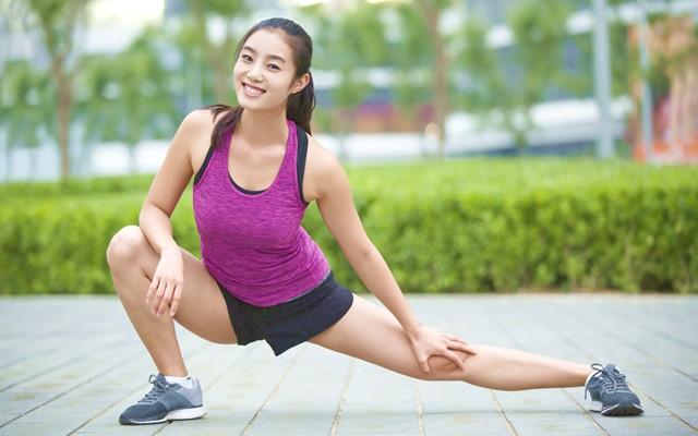 マラソンのためのコアトレーニング(16) 股関節を「伸ばす」動きを強化