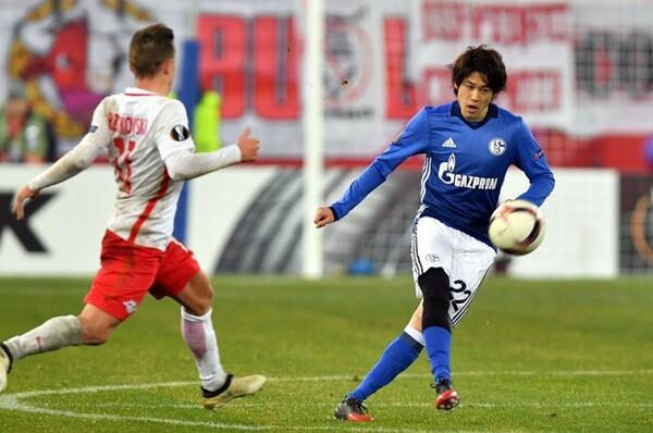 内田篤人は12月8日、ELのザルツブルク戦で1年9カ月ぶりに復帰した