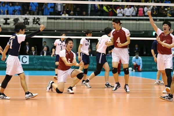 山本さんは上越総合技術の新井(5番)を「東京五輪で代表へ入る選手」と評価(写真は前回大会のもの)