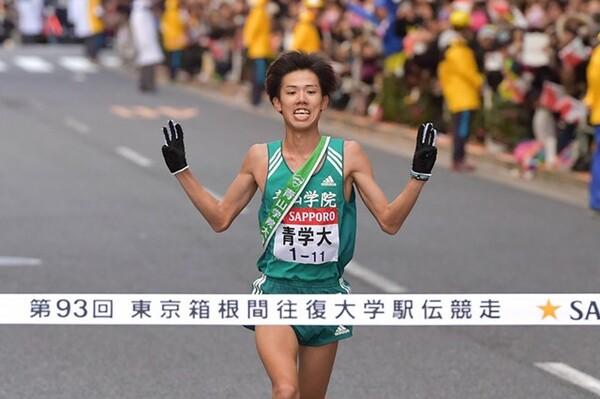 青山学院大が3年連続となる箱根駅伝制覇で、今季の大学駅伝3冠も同時達成