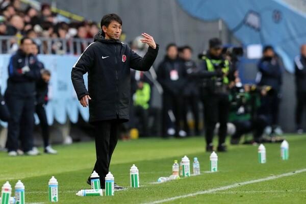 戸田さんは「J1の監督はやりたい」と明言したが、「決断する訓練」の必要性を語った