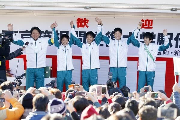 箱根駅伝3連覇を支えた「青トレ」は、選手の体を守るところから強化を始めていった。ただこの基礎は高校時代からやっていた方がいいことでもある
