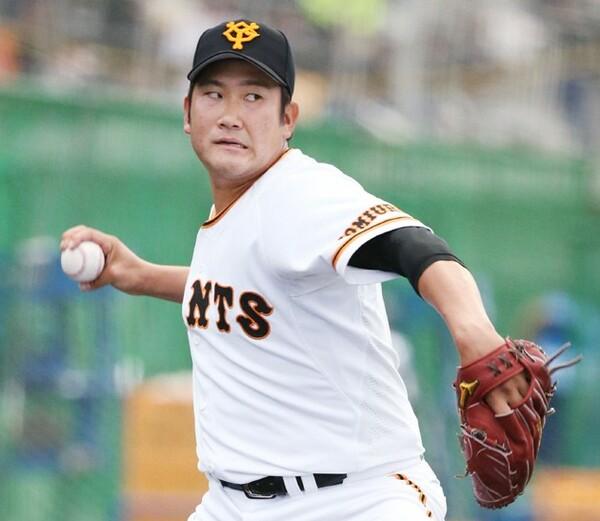 侍ジャパンに選出されたメンバーは2月のキャンプからWBC球で練習に励んでいる(写真は巨人・菅野)