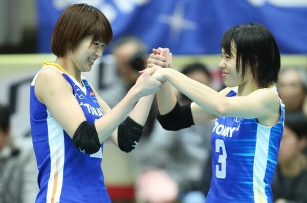 (左から)木村沙織と迫田さおりの特別なシーズンは、ファイナル6で幕を閉じた