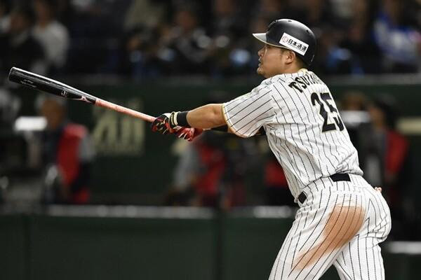 「打席の落ち着きがすごい」と岩村氏が称賛する4番・筒香。こう着状態が続く中、1本ほしいときの本塁打で日本に勝利を呼び込んだ