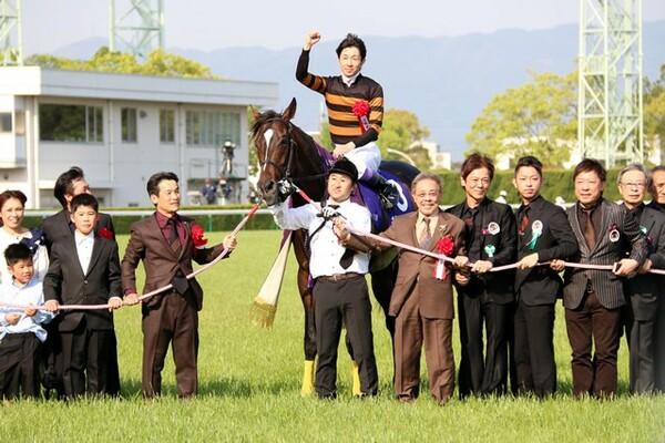 ディープインパクトのタイムを破るレコードV、武豊は天皇賞・春8勝目となった