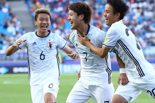 2−1と初戦を勝利で飾った日本だが、序盤は南アフリカの驚異的なスピードに戸惑う場面も多かった