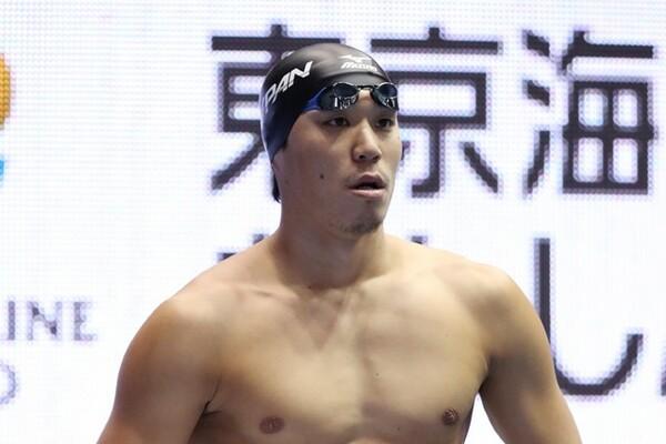 藤森コーチの方針もあり、小関は自由形の練習に励むことで平泳ぎの土台を固めた