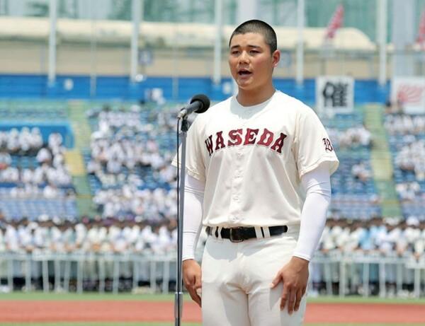 8日に行われた東京大会開会式で選手宣誓を行った早稲田実・清宮