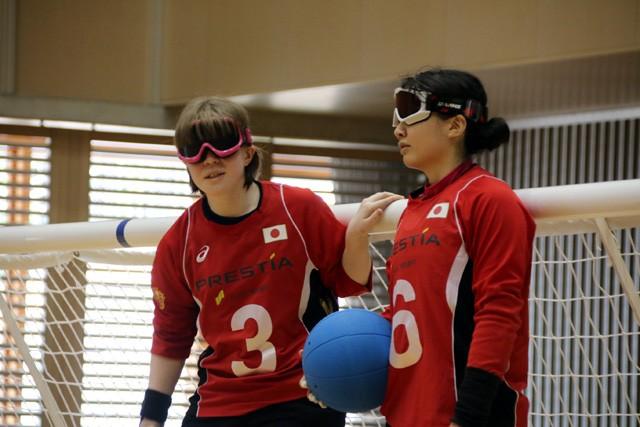 市川女子日本代表HCが今後の日本の軸と期待する、欠端(左)と若杉
