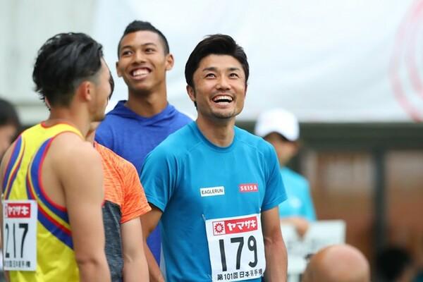 9年ぶりに日本選手権に出場した末續慎吾。結果は組の最下位だったが、レース後には笑顔も見られた