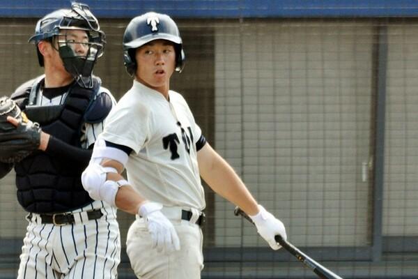 史上初となる2度目の春夏連覇を目指す大阪桐蔭の主将を務める福井。地方大会では今夏の甲子園出場全メンバーで最多の18安打を放った