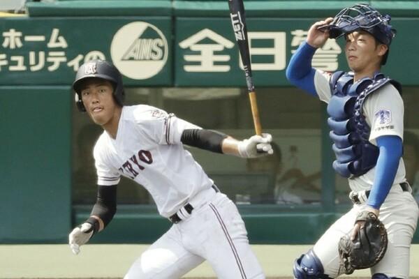 1大会個人最多6本塁打、17打点を記録した広陵・中村。今夏の高校野球を盛り上げた