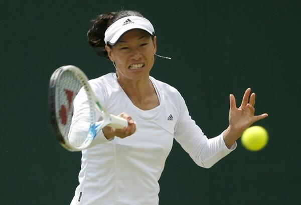 伊達の代名詞とも言える「ライジングショット」があったからこそ、現代のテニスにも勝負を挑んでいくことができた
