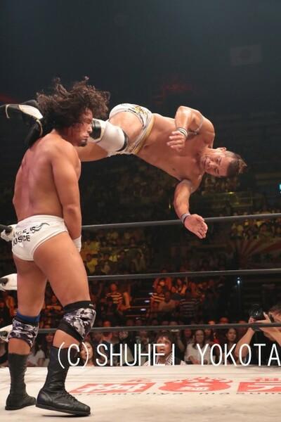 最後は怒涛の蹴りのコンビネーションから、YAMATOをし止めた