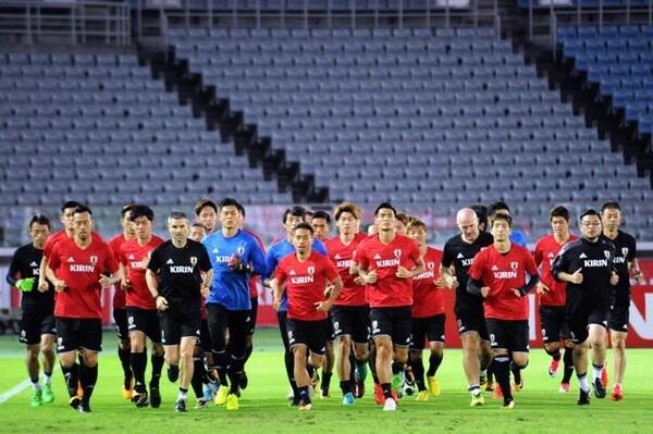 ハイチ戦に向け、前日練習を行なう日本代表の選手たち