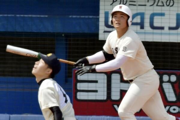 高校通算111本塁打を放ち、今ドラフトの目玉として騒がれている早稲田実・清宮。同じ左打者で高校時代に当時の最多記録となる通算83本塁打を記録し、プロでも西武、ヤクルトで活躍した鈴木健氏に清宮の今後について話を聞いた