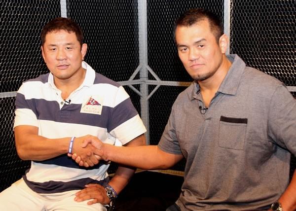 新日本の永田(左)とは同世代。新日本のリングに上がるきっかけにもなった