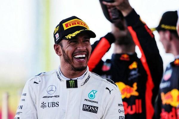 日本GPで優勝し、今季8勝目をマークしたハミルトン