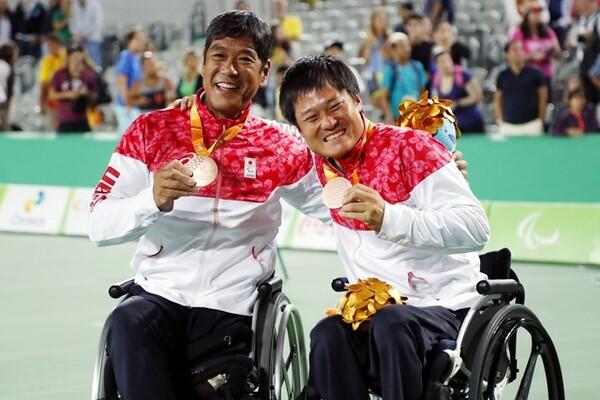 リオデジャネイロパラリンピックで銅メダルを獲得した齋田、国枝組