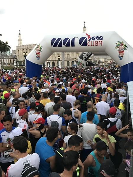 今最も行くべき国キューバを代表するロードレース それがハバナマラソン!
