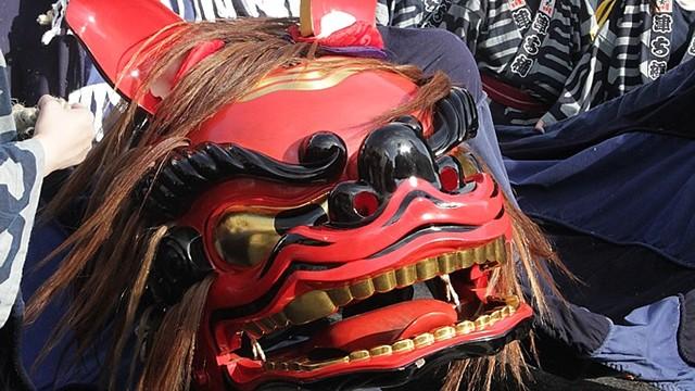 小屋を付けた幌獅子は全国でも珍しく、石岡のお祭り特有なもの!