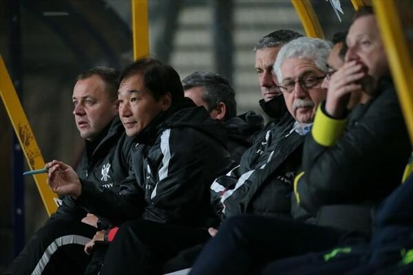 最終予選の途中でチームを離れた霜田。現在はSTVVのコーチとして、新たな一歩を踏み出している