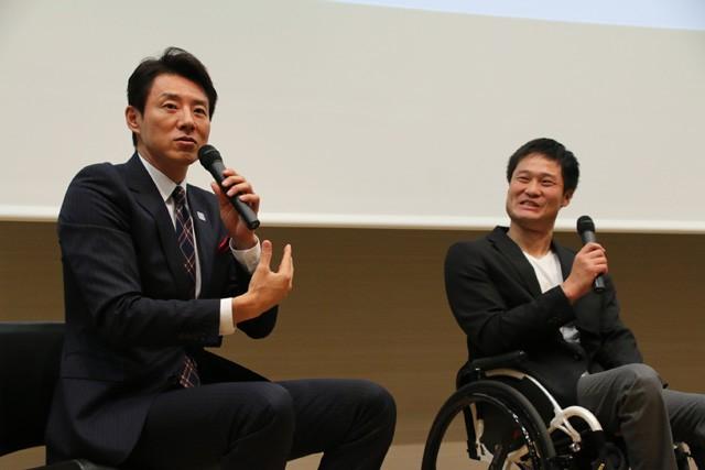 リオパラリンピック出場に関して、松岡(左)が国枝と奥さんの裏話に迫った