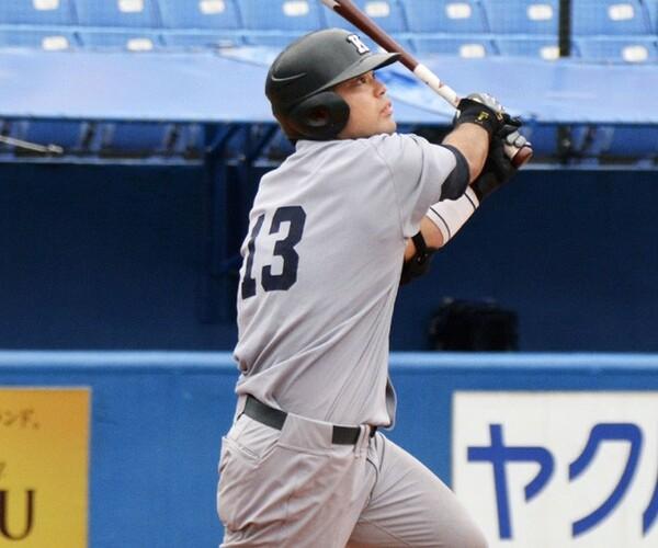 リーグ戦史上初の5試合連続本塁打、シーズン最多タイの7本塁打、年間最多本塁打の新記録となる12本塁打と数々の本塁打記録を塗り替えた4番・岩見。今ドラフトでは楽天に2位指名された