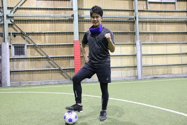ブラインドサッカーに挑戦した武井さん