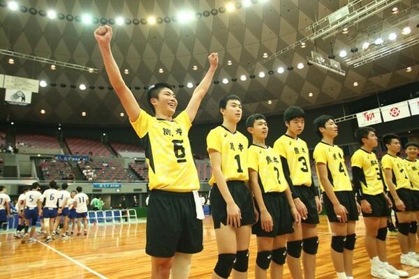 """""""金の卵""""たちが集うJOC杯。昨年の第30回大会の男子は、熊本県選抜が東京都選抜を下した"""
