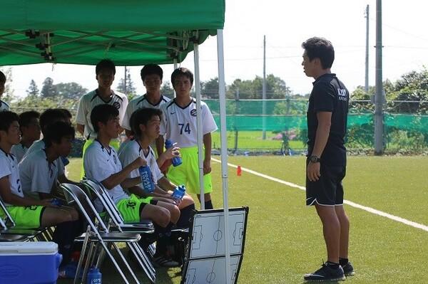 サッカー部創設時から京都橘を率いる米澤監督の原点は「オランダサッカー」だ